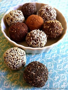 Crunchy Raw Protein Balls. Chocolate!!! Awesome healthy snack (or breakfast?)…