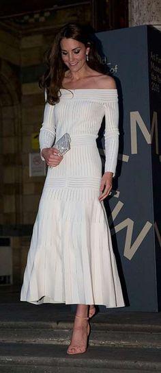Kate Middleton provou que é grande fã da moda brasileira, entenda! - Estrelando