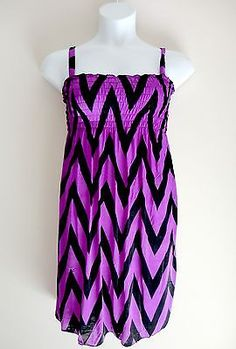 Womens Stretchy Chevron Print Dress - Size L 10 11 12- Smocked Purple Black