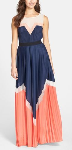 Colorblock maxi http://rstyle.me/n/v48k2n2bn