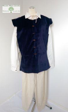 Blauer Wams aus Samt für den Recken. Passend dazu bieten wir auch Hemden und Hosen an. Der Wams ist aus der Rubrik Neuware und kostet 39,95 €.  www.manus-secundus.de