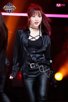 fiddl - 45 results for red velvet wendy Seulgi, Wendy Red Velvet, Red Velvet Irene, Stage Outfits, Kpop Outfits, Korean Outfits, Korean Girl, Asian Girl, Korean Star