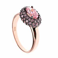 Combinamos tus pulseras con pequeños anillos en plata con circonitas microengastadas, y circonitas grandes de tallas especiales.  Ver más coleccion en www.salvatore.es