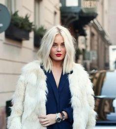 hair accessory blonde hair hairstyles hair dye platinum hair red lipstick faux fur coat classy beautiful hair hair/makeup inspo