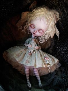 love, love, love - makes me think of the #JoCo song Creepy Doll #goth #art