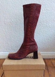 Kaufe meinen Artikel bei #Kleiderkreisel http://www.kleiderkreisel.de/damenschuhe/stiefel/140323839-rote-vintage-stiefel-mit-absatz-im-schlangen-look