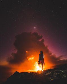 surrealshotz | Wel lava the night sky ✨In frame: @gypsea_angel