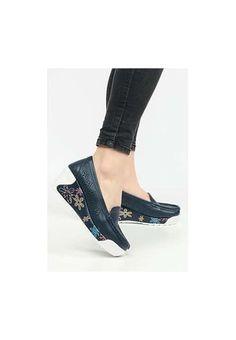 Mocasini piele naturala Havana Navy Heeled Mules, Kitten Heels, Shoes, Fashion, Moda, Zapatos, Shoes Outlet, Fashion Styles, Shoe