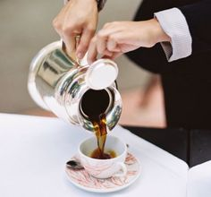 AV. I Love Coffe, Coffee Cups, Coffee Maker, Food Portions, Coffee Break, Fine Dining, Tableware, Don't Forget, Printer
