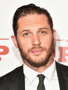 Just A Reminder That Tom Hardy Won A Modelling Contest Wearing An Alice Band