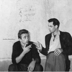 James Dean with close friend at the time, composer Leonard Rosenman on the set of East of Eden, 1954 - jamesdean_alwaysandforever Old Hollywood Actors, Vintage Hollywood, Classic Hollywood, American Idol, American Actors, James Dean Photos, Ad Photography, He Makes Me Happy, Jimmy Dean