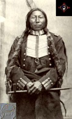 Chief Crow King  Warriors Citation  Along with Sitting Bull and Gall, Crow King was a leading war chief of the Hunkpapas during the defeat of General Armstrong Custer at the Little Bighorn (1876).