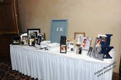 We welcome any wedding with personalized decorations at the beautiful and always accommodating Avalon Manor!