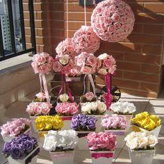 Kit bolas & topiaras I no Elo7 | Rosamorena Artes Florais (310DEE) Flower Centerpieces, Centrepieces, Arte Floral, Raspberry, Fruit, Paper, Main Colors, Purple Roses, Yellow Roses