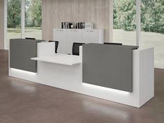 Modular Office reception desk By Quadrifoglio Curved Reception Desk, Reception Desk Design, Reception Counter, Office Reception, Office Table Design, Office Interior Design, Office Interiors, Front Office, Reception Furniture