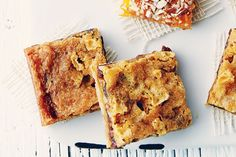 These easy-to-make bars and squares make a lovely addition to any dessert platter. Check out our 11 favourite bars and squares recipes and pick one or two that's perfect for you! Holiday Desserts, Sweet Desserts, No Bake Desserts, Just Desserts, Sweet Recipes, Delicious Desserts, Baking Desserts, Easy Recipes, Butter Tart Squares