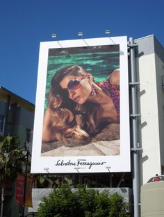 Daily Billboard loves how this stylish billboard for Salvatore Ferragamo evokes that chic Italian Riviera feel and also a bit of old Holl. Fashion Communication, Billboard Design, Old Hollywood Glamour, Beautiful Couple, Salvatore Ferragamo, Vines, Advertising, Polaroid Film, Graphic Design