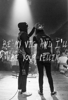 Kellin is giving Vic a crown <3 ... Either that or he's stealing it from him... either way it's cute!