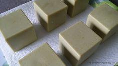 "Savon ""Tout Laurier"", façon Alep en SAF (cuvée 2014 et 2015) - Mon Made in Home Soap Recipe, Diy Savon, Short Haircuts With Bangs, Diy Beauty, Beauty Soap, Home Made Soap, Soap Making, Feta, Bath And Body"
