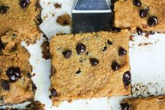 Easy to make low carb gluten free pumpkin bars with chocolate chips that have no sugar added. They're so good even the kids love them. #glutenfree #lowcarb #keto #lowcarbdesserts #ketodesserts #lowcarbrecipes #ketorecipes #weightwatchers #Atkins #pumpkin #pumpkinbars | LowCarbYum.com Chocolate Chip Bars, Sugar Free Chocolate Chips, Pumpkin Chocolate Chips, Low Carb Chocolate, Chocolate Chip Recipes, Pumpkin Cake Recipes, Cookie Recipes, Keto Recipes, Dessert Recipes