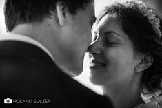 Hochzeitsfotos in Schwarz-Weiß - Sophie und Peter - Roland Sulzer Fotografie - Blog Couple Photos, Couples, Blog, Wedding, Memories, Monochrome, Face, Couple Shots, Valentines Day Weddings