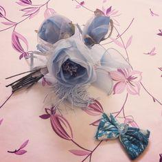 """#Orecchino con gancio #nickelfree con #perlina  #verde #acqua #azzurro e #fiocco in #tessuto #cotone ;fa parte della collezione """"Aqua Ribbon"""" che comprende anche un #anello . #Gioielli #originali #handmade #madeinitaly !Per prezzi e commissioni contattatemi! #Earring made with #bead in shades of #blue #green #aqua and #cotton #fabric #ribbon ; it is part of my collection """"Aqua Ribbon"""" which is made of a #ring . Original #jewels #handmade #madeinitaly! Ask me for #prices & #commission"""