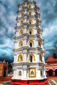 This seven storey column is the 'Deepstambh' at  the 400 - year old Shree Mangeshi Temple in Goa, India. This temple is dedicated to Lord Manguesh, incarnation of Lord Shiva. This Deepstambh is lit with diyas - oil lamps or pantyaa, as we call it here, on special occassions - a sight to see...