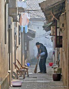 Old man in Qibao China