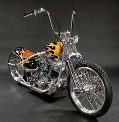 Harley Davidson sportster old school bobber/chopper Motos Harley Davidson, Vintage Harley Davidson, Custom Bobber, Custom Choppers, Custom Harleys, Custom Bikes, Ducati, Harley Bobber, Harley Bikes