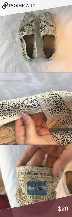 Ivory Lace Toms These Toms have been worn only a handful of times. No real damage, slight discoloration to lace & wear on the sole. Price firm. Bundle for discounts. Feel free to ask any questions :) Toms Shoes