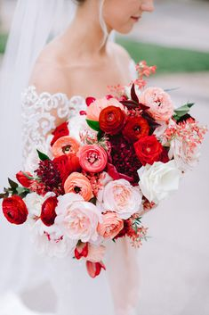 Blush and Red Wedding Bouquet - Blush and red bridal bouquet with peonies, garden roses, ranunculus, and tulips. Photo: Susie and W - Ranunculus Wedding, Ranunculus Bouquet, Rose Bridal Bouquet, Red Rose Bouquet, Silk Wedding Bouquets, Tulip Bouquet, Hibiscus Bouquet, Garden Rose Bouquet, Blush Bouquet