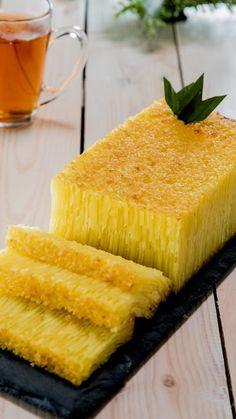 New Fruit Cake Traditional 56 Ideas Indonesian Desserts, Asian Desserts, Indonesian Food, Snack Recipes, Dessert Recipes, Cooking Recipes, Malaysian Dessert, Resep Cake, Asian Cake