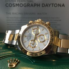 Back in stock, the white dial Rolex Daytona, with the luxury of gold!