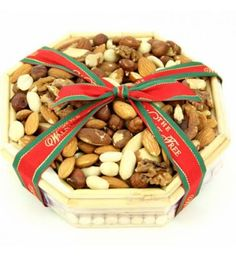Order best gift hampers online, get quick delivery in UK anytime. Send food, cheese, wine, gourmet and other traditional gift baskets online. Send Gift Basket, Thank You Gift Baskets, Valentine's Day Gift Baskets, Gourmet Gift Baskets, Christmas Gift Baskets, Gourmet Gifts, Thank You Gifts, Food Hampers, Gift Hampers
