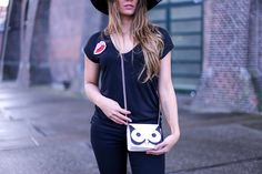 Basic outfit with statement bag - Paulien Tilstra - Fashionchick