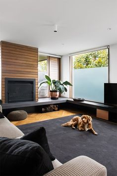 Family home with understated style Modern Fireplace, Fireplace Wall, Fireplace Design, Fireplace Mantels, Fireplaces, Dining Room Inspiration, Interior Inspiration, Corner Window Seats, Living Room Decor