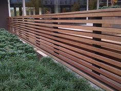 Simple and modern fence - maybe for back patio border???