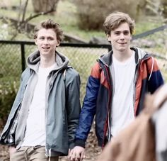 These two. My whole heart. #skam#evak#skamseason4#sana#sanabkkoush#isakvaltersen#isakandeven#evenandisak#henrikholm#evenbechnæsheim