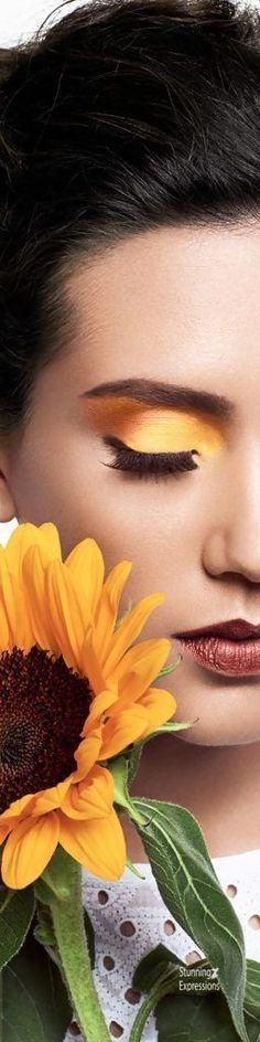 Sunflower Flower, Sunflower Fields, September Themes, Gladiolus, Orange Crush, Floral Fashion, Eye Make Up, Makeup Art, Flower Crown