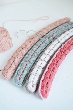 Crochet Clothes Hangers - Yvestown