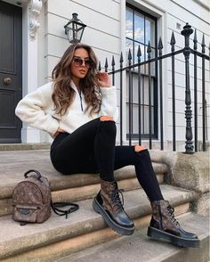 20 of the Most Trendy Outfits for Fall | Arona XO