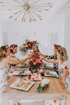 Bachelorette parties 560416747376740626 - Need ideas for a bridal shower? How about a tropical bohemian bachelorette in Palm Springs. Image: Makenna Devey Source by freneemelvin Classy Bachelorette Party, Bachelorette Party Planning, Bachelorette Party Decorations, Bachelorette Weekend, Palm Springs, Spring Break, Tropical Bridal Showers, Marie, Bohemian Party Theme