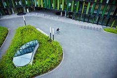 WeidingerLandschaftsarchitekten_04 Facade Architecture, Landscape Architecture, Contemporary Skylights, Basement Entrance, Light Well, Garden Plants, Lawn, Air Vent, Car Parking