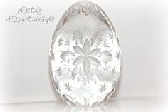 Etched Flower & Star Egg. $24.20, via Etsy.