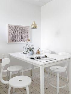 Accente subtile de culoare într-o garsonieră de 38 m² | Jurnal de design interior