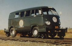LIRR #1040 VW Rail Bus - LIRR #1040, the VW Rail Bus inspection car, which had a tiny turntable bolted underneath on a hydraulic jack; one drove up to a crossing, jacked the bus up, spun it 90° by hand, dropped it onto the rails on its teeny Hi-Rails