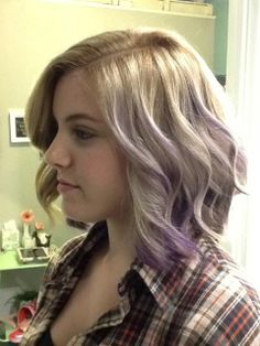 Our receptionist Taylor sporting some cute curls with a blonde to purple ombré! Done by our hairstylist Jazmine at Parlour Salon in the South Bay!