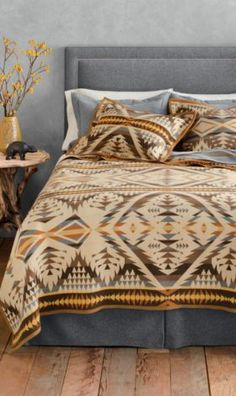 Pendleton Woolen Mills: Diamond Desert Blanket Collection