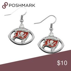 Tampa Bay Buccaneers Earrings, Buccaneers Jewelry Tampa Bay Buccaneers Jewelry- Tampa Bay Buccaneers Earrings - Charm Football Jewelry  WHO LOVES FOOTBALL?! Show your team spirit for the Tampa Bay Buccaneers with this handmade sports Earrings. This listing is for one set Tampa Bay Buccaneers charm Earrings. Charm is 1inch x 1 inch. Absolutely adorable, you'll be in a hurry to show it off to your friends and family!  Perfect Gift for Buccaneers Football Fans! Jewelry Earrings
