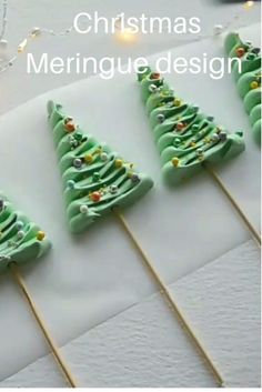 Merry Christmas, Christmas Goodies, Christmas Candy, Christmas Desserts, Christmas Treats, Christmas Baking, Holiday, Cake Decorating Videos, Cake Decorating Techniques